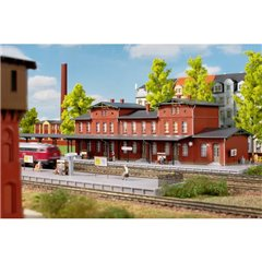 N Stazione ferroviaria Neupreussien