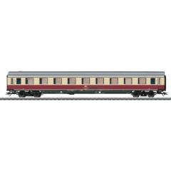Vagone passeggeri Avumz 111 1a classe di DB