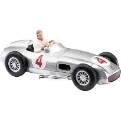 H0 Mercedes Benz Freccia argento con pilota J. M. Fangio