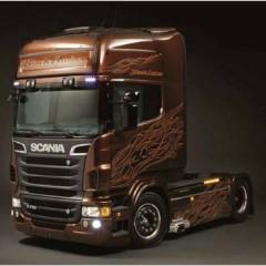Camion in kit da costruire Scania R730 V8 Black Amber 1:24