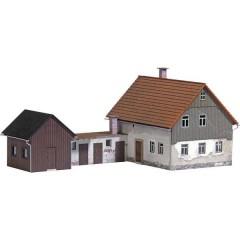 Busch Casa con edificio H0
